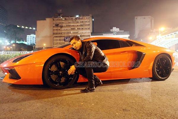 Xe Lamborghini Aventador của Tuấn Hưng