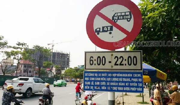 các loại biển báo cấm xe tải