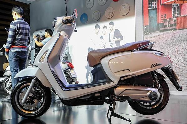 xe-tay-ga-Kymco-Like-125-cho-nu