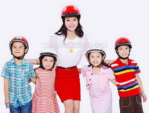 mũ bảo hiểm trẻ em