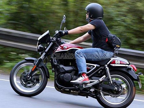 xe máy bị ì không bốc do đâu