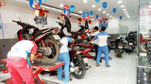 xe máy bị rò xăng