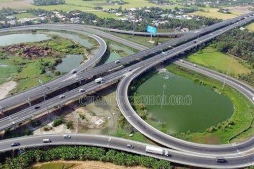 đường cao tốc là gì