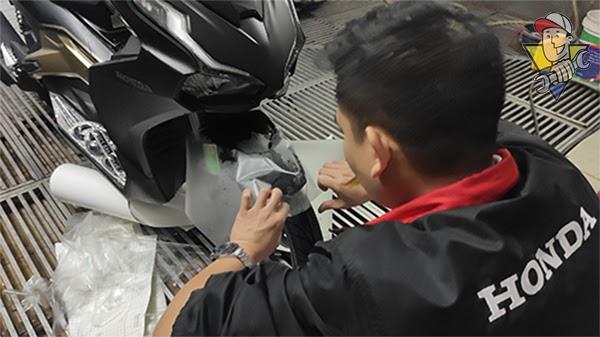 khắc phục xe máy trầy xước