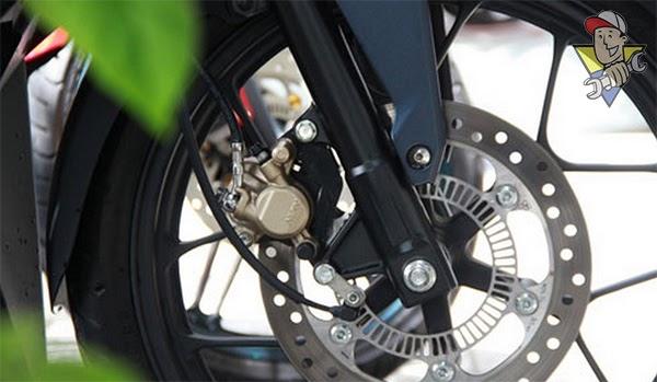 phanh abs xe máy có tác dụng gì
