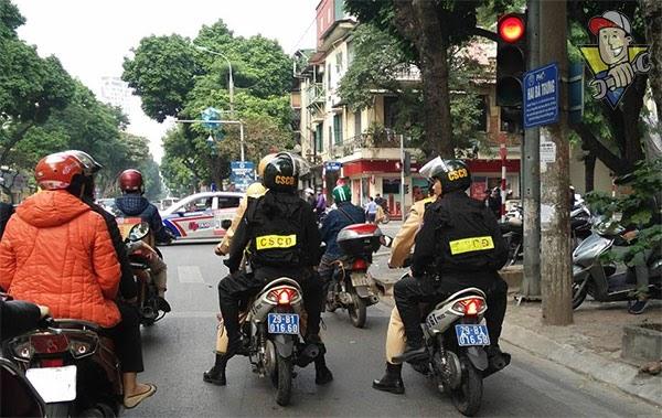 cảnh sát cơ động làm gì