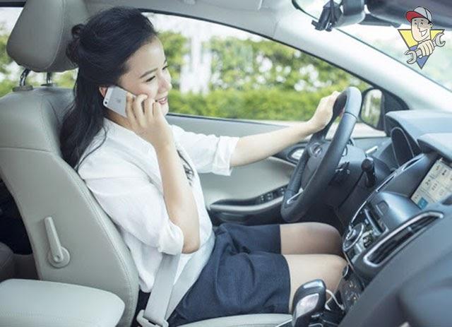 xử phạt đeo tai nghe khi đi xe