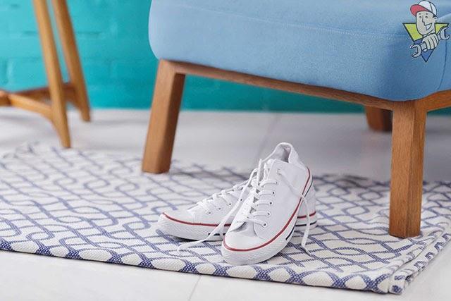 tẩy trắng giày đơn giản