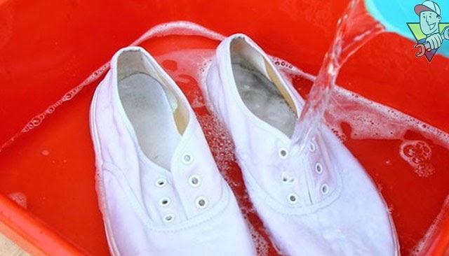 tẩy trắng giày tại nhà