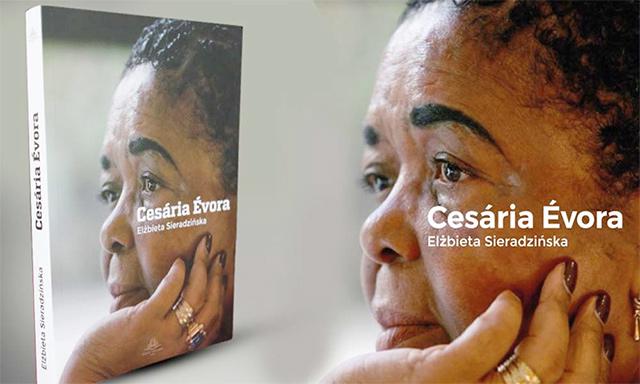 Niềm đam mê âm nhạc, ca hát luôn trỗi dậy trong bà Cesária Évora