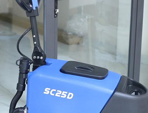 Cần điều khiển của máy chà sàn công nghiệp